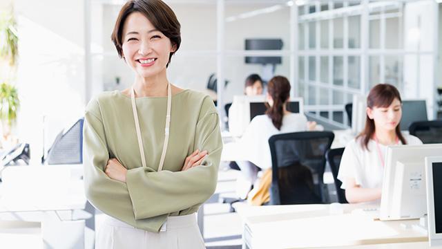 職場の雰囲気を改善するには? セクハラやパワハラなどの対策方法を紹介